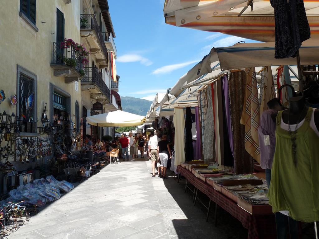 cannobio_markt10